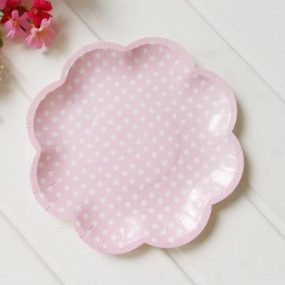 Pink Polka Dot Scallop Plates – 8 Pack